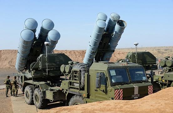 Moscow Says If Iran Has the Money, Russia Has the S-400
