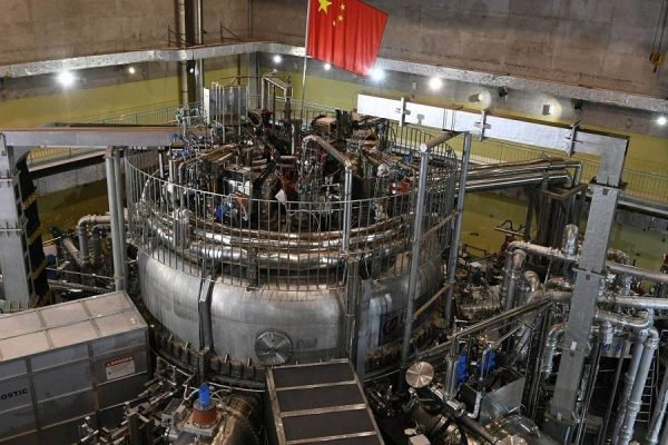 China Completes an Experimental 'Nuclear Fusion' Reactor 13-Times Hotter Than the Sun